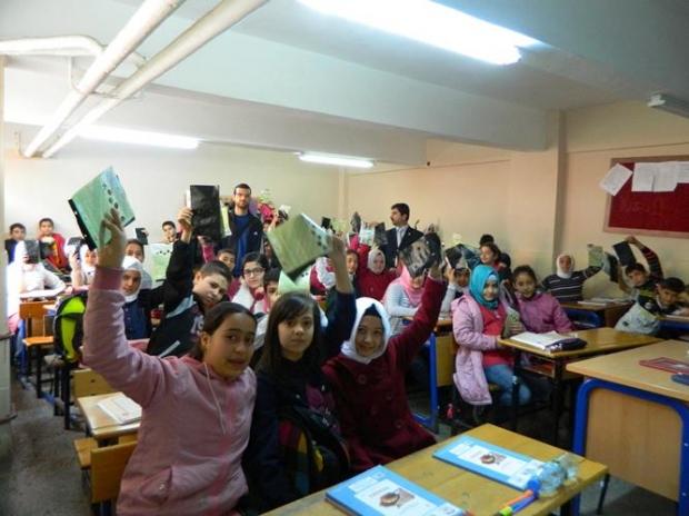 Asfa Mustafa Enver İlk ve Orta okulunda Minik Ellerden Büyük İşler