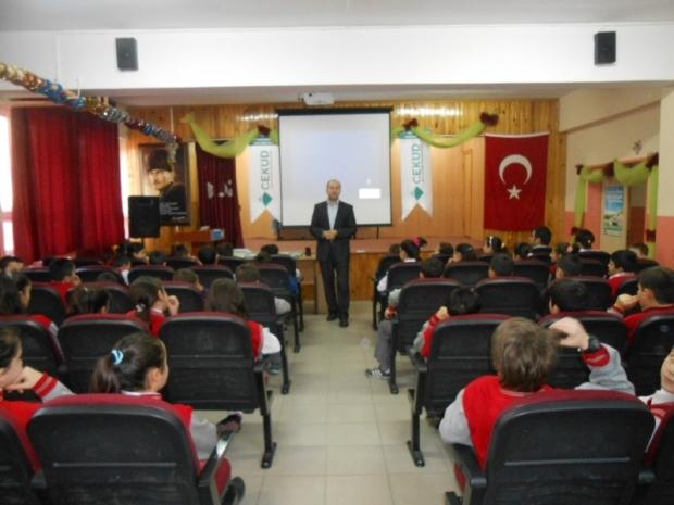 Çamlıca İlköğretim Okulu'na Seminer Verildi