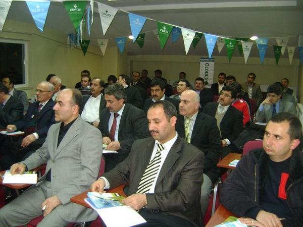 """""""2500 Okula 2500 Öğretmen Projesi"""" Tanıtımı Beykoz'da Yapıldı."""