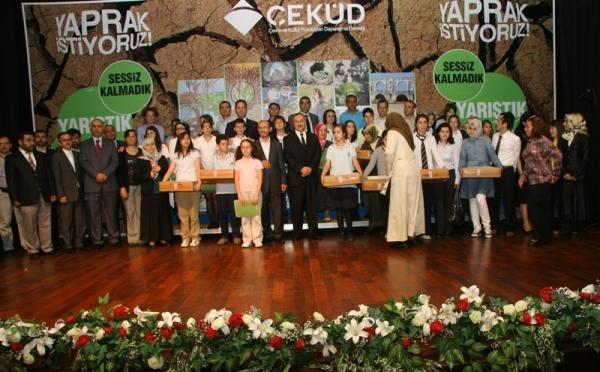 Yaprak İstiyoruz Konulu Çevre Yarışmasında Ödül Alan Eserler