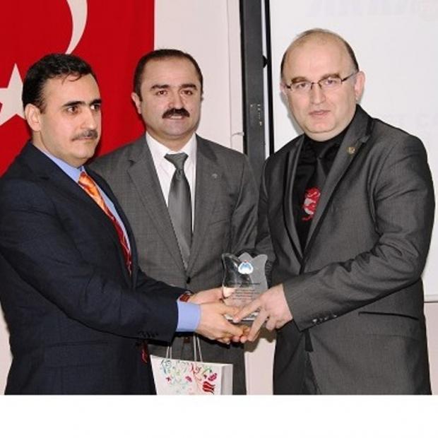AKRA'ya Tüketiciyi Bilinçlendirme Ödülü