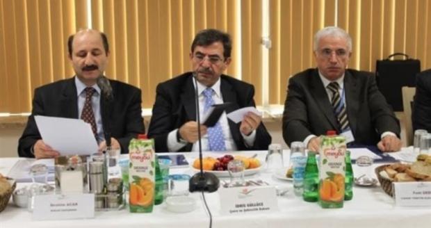 """Çevre Bakanı Güllüce """"Çevre Benim"""" Dedi"""