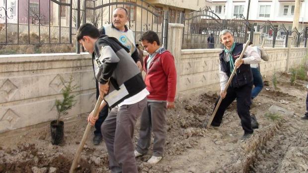 ÇEKUD Bahar Dikimleri Aksaray'da