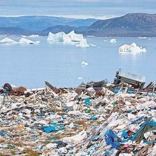Gittikçe Plastik Dünyada Yaşıyoruz